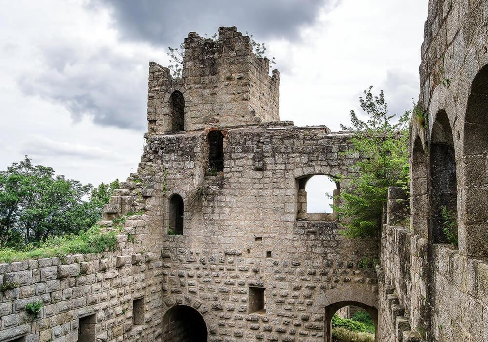 Замки Франции Бернштайн