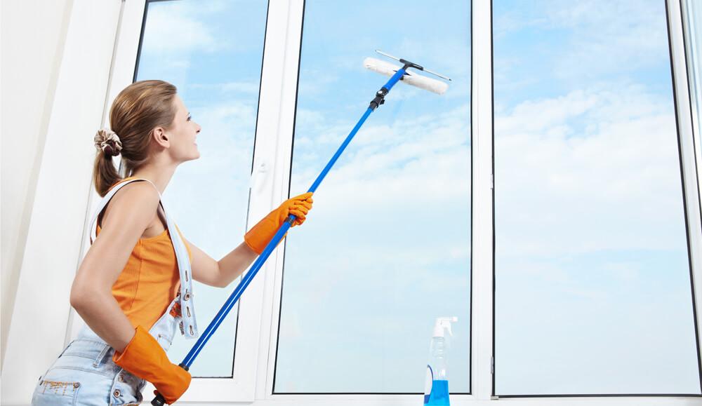 Как правильно мыть окна? Приступаем к уборке